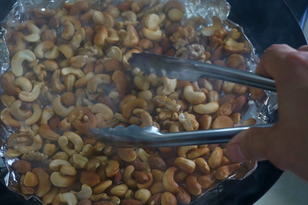 nuts-hopicoffee-coffeestand-organic-decaf-fukuoka-ohashi-cafe